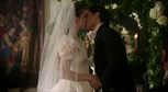 W1x13 mariage Cyrus Alice.png