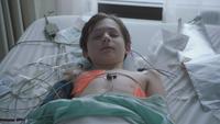1x22 Henry Mills endormi empoisonné mort face Charme du Sommeil