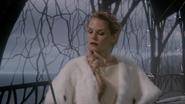 6x10 Emma Swan épée palais sombre prête arrêter Méchante Reine