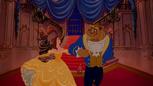 La Belle et la Bête (Disney) Histoire Éternelle descente escalier marche bras bal.png