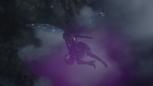 6x16 Fée Noire dos ailes vol nuages ciel Royaume des Ténèbres enlèvement kidnapping panier bébé nouveau-né Gideon.png
