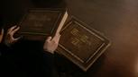 5x22 Henry Mills dos mains livres recueils ouvrages volumes de contes histoires récits romans nouvelles légendes mythes.png