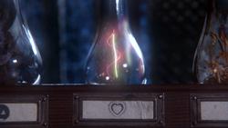1x16 potions fioles bouteilles cheveux symbole cœur Véritable Amour mini.png
