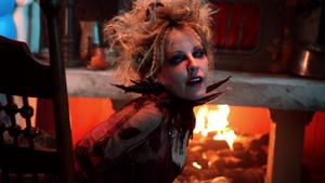 1x09 Sorcière Cannibale chaise feu cheminée maison en pain d'épices