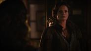 7x03 Ella Cendrillon dos Madame Lady Raiponce de Trémaine regard faute blâme