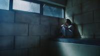 1x12 Belle French assise cellule chambre sous-sol hôpital service asile psychiatrique vue