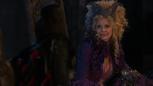 1x02 Méchante Reine Regina dos Maléfique sourire moquerie nuit de noces Blanche-Neige.png