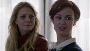 1x22 Emma Swan pleurs Mère Supérieure hôpital de Storybrooke Malédiction Sort Noir Charme du Sommeil rompu brisé conseil fuite isolement Regina Mills