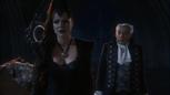 Regina Henry père valet 1x02.png