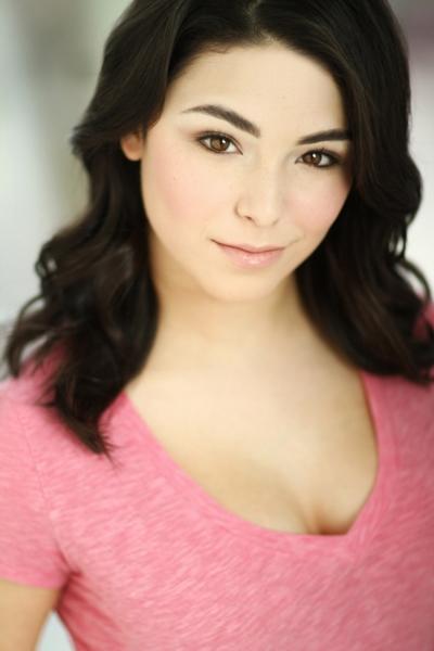 Nicole Muñoz
