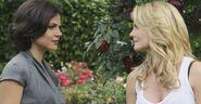 Regina Mills vs Emma Swan