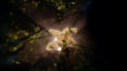 7x07 fleur magique dorée aux pétales d'or