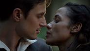 7x08 Ella Henry presque baiser