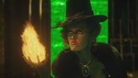 4x17 Zelena Méchante Sorcière de l'Ouest Palais Cité d'Émeraude flamme feu magique magie pyrokinésie