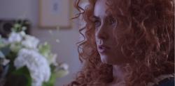 Scène coupée 5x10 Merida maison Mills ligotée Emma Dark Swan explication retour souvenirs