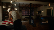 7x16 Appartement Nick Branson chocolats table pièges Henry Mills otage réveil