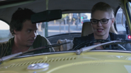 2x06 Emma Swan Neal Cassidy rencontre voiture jaune voleurs