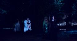 """4x13 Scène Coupée """"Camp Site"""" """"Campement"""" Maléfique Ursula Cruella d'Enfer Blanche-Neige Prince Charmant arrivés"""