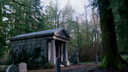 3x17 Caveau Mills Regina cimetière de Storybrooke apprentissage Emma Swan magie