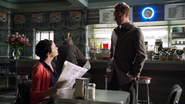 1x06 Mary Margaret Blanchard journal Storybrooke Daily Mirror Dr Whale excuses Café Granny