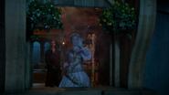 7x07 Killian Jones Capitaine Crochet Raiponce main démonstration magie charme de protection magique fenêtre tour