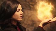 3x08 Regina boule de feu sorcellerie