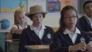6x04 Tom Sawyer garçon chapeau de paille place classe cours école élémentaire hésitation doute réponse question physique