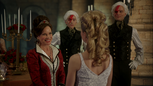 W1x11 Cora Reine de Cœur Tweedledee Anastasia Reine Blanche Rouge Tweedledum début amitié proposition magie sourire.png