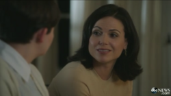 Scène coupée 4x02 Regina Mills Mary Margaret Blanchard discussion