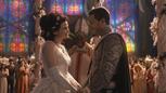 1x01 Blanche-Neige évêque Prince David Charmant sourires cérémonie de mariage.png