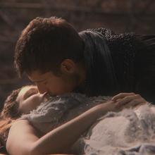 2x01 Aurore Prince Philippe baiser Véritable Amour Charme du Sommeil.png