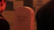5x14 pierre tombale Regina Mills