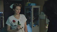 1x12 infirmière Ratched rose Regina Mills informations renseignements visiteurs service asile hôpital psychiatrique