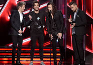 OneDirectionBillboard2015.4