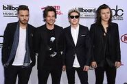 OneDirectionBillboard2015