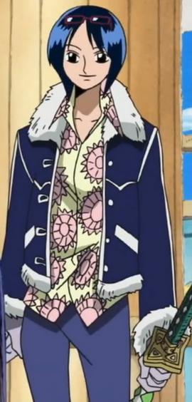 Tashigi antes del salto temporal en el anime
