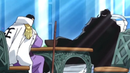 Ryukogyu charla amistosamente con Fujitora