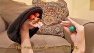 Edgy-Oobi-hand-puppets-Uma-MLM-French-art