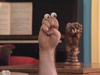 Oobi-Grampu-Day-Grampu-itching