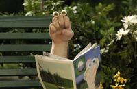 Oobi-Noggin-photo-Grampu-reading-wide