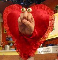Oobi-Grampu-heart-costume