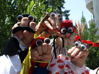 Iranian Persian Oobi Hand Puppet TV Series - Dasdasi Main Characters