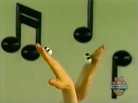 Oobi-shorts-Clap-Hands-messing-up