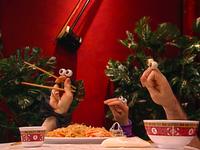 Oobi-Chopsticks-Nick-shows-Uma