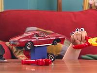 Oobi's-Car-Uma-tries-to-fix-it