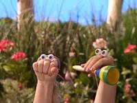 Oobi-Sign-Language-Amy-helping-Oobi