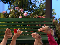 Oobi-Sign-Language-saying-hi