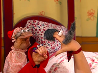 Oobi-Theater-Kako-and-Uma-scared