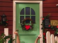 Oobi-Valentine-front-door