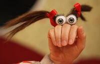 Iranian Oobi Hand Puppet TV Show Series Dasdasi Uma